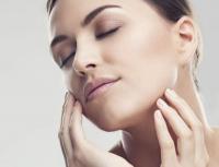 Bellezza in quarantena: dieci accorgimenti per prendersi cura della pelle Copertina